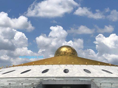 """<span class=""""title"""">【バンコク】タンマガーイ寺院 話題の宗教総本山へ行ってみた</span>"""